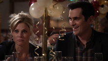 Modern Family: New Year's Eve