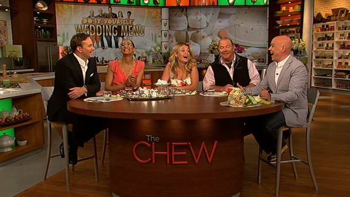 The Chew - Carla and Michaels Arguing Styles